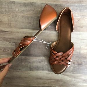 Universal Thread Brown Criss Cross Sandals